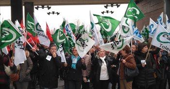 Un centenar de sanitarios se movilizan por la bolsa de trabajo del Sescam