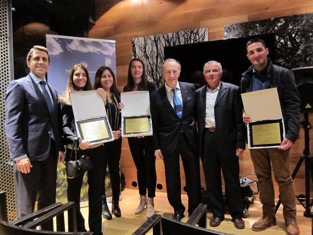 Miguel Torres con los galardonados en los I Premios Torres & Earth