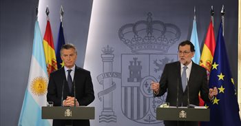 Macri y Rajoy expresan su preocupación por el deterioro de la situación...