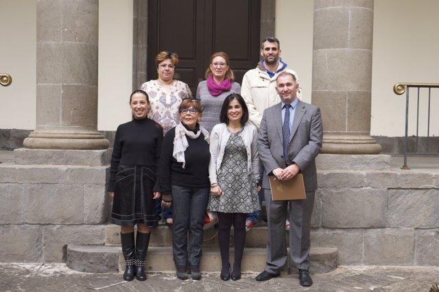 Nota De Prensa +Foto / El Parlamento Colaborará Con Funcasor Y Fasican Para Impu