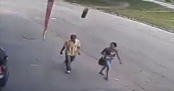 VÍDEO/ Un brasileño se fractura el cráneo y el pecho tras ser golpeado...
