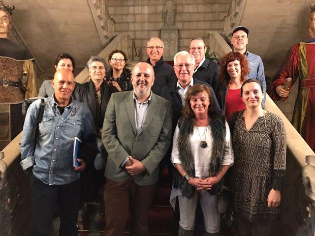 Reunión entre 'Mallorca acull' y el Consell de Mallorca