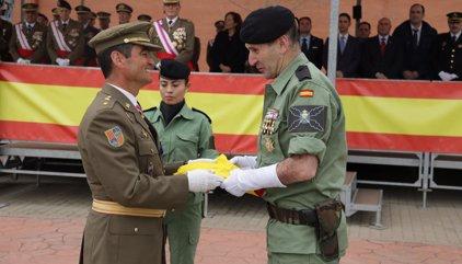 La Brigada Paracaidista recupera la bandera de su primera operación de guerra