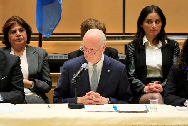Staffan de Mistura abre las conversaciones de Ginebra