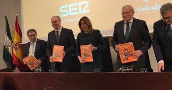 """Susana Díaz ve la sanidad pública como """"la joya de la corona"""" de una..."""