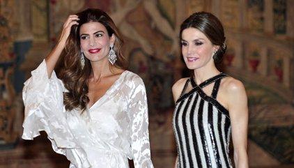 Juliana Awada y su llamativo maquillaje en la recepción en honor a los Reyes de España