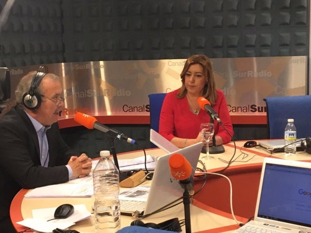Susana Díaz durante la entrevista en Canal Sur Radio