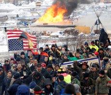 Detingudes 46 persones en el desmantellament dels campaments de protesta per l'oleoducte de Dakota Access ( TERRAY SYLVESTER / REUTERS)