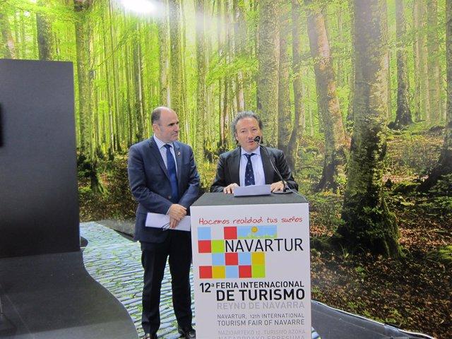 Manu Ayerdi y Luis Cortés en la inauguración de Navartur