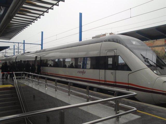Tren Avant