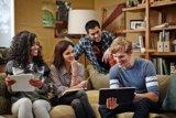 El uso de tabletas entre los mayores de 65 años creció un 219% durante 2016, según un estudio de Fundación Telefónica