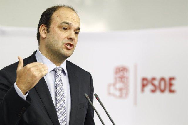 El coordinador del PSOE del Área Económica de Ponencia marco, José Carlos Díez