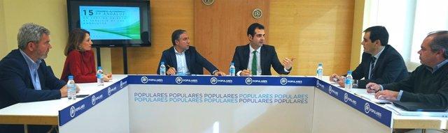 Reunión del PP de ponencia reglamento de cara al congreso regional