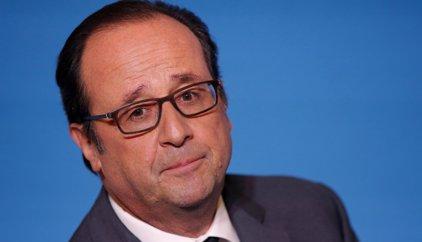 Hollande advierte a Trump de que no desafíe a un país aliado tras sus críticas a la seguridad en Francia