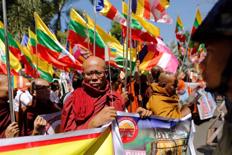 La Junta Militar sustituye al jefe de asuntos budistas por un policía tras tensión con los monjes
