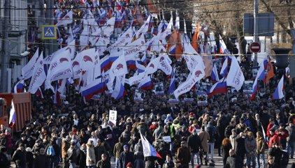 Rússia.- Milers de persones marxen a Moscou per commemorar l'assassinat del líder opositor Boris Nemtsov