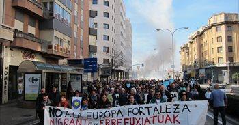 Más de 30 ciudades españolas salen a la calle para exigir una acogida...