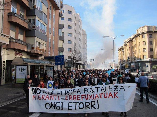 Manifestación en Pamplona para pedir la acogida de refugiados