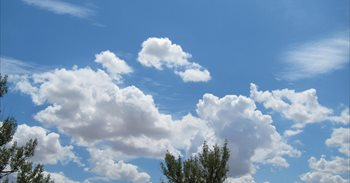 Temperaturas estables y pocas nubes este lunes