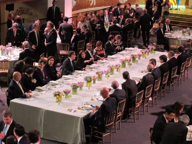 Mesa presidencial de la cena de bienvenida al WMC