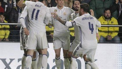 El Real Madrid remonta al Villarreal para seguir líder