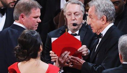 Oscar 2017: Moonlight le chafa su gran noche a La La Land tras un error histórico