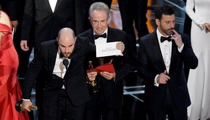 VÍDEO: El épico error con el Oscar a la mejor película que pasará a la historia