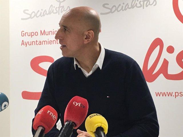 El portavoz del PSOE en el Ayuntamiento de León, José Antonio Diez