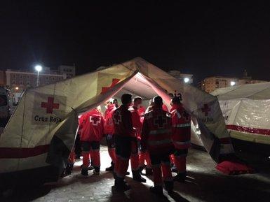 Atesos 155 immigrants a Màlaga després de ser rescatats de tres pasteres (EUROPA PRESS/CRUZ ROJA)