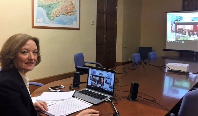 La consejera de Agricultura de la Junta, Carmen Ortiz