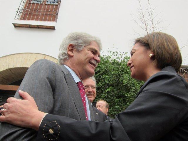 Dastis saluda a la alcaldesa de Córdoba