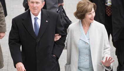 """Bush marca distancias con Trump: """"Los medios son indispensables para la democracia"""""""
