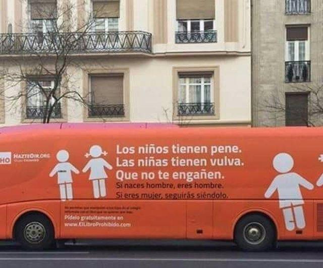 Autobús de la campaña Hazte Oir contra los menores transexuales