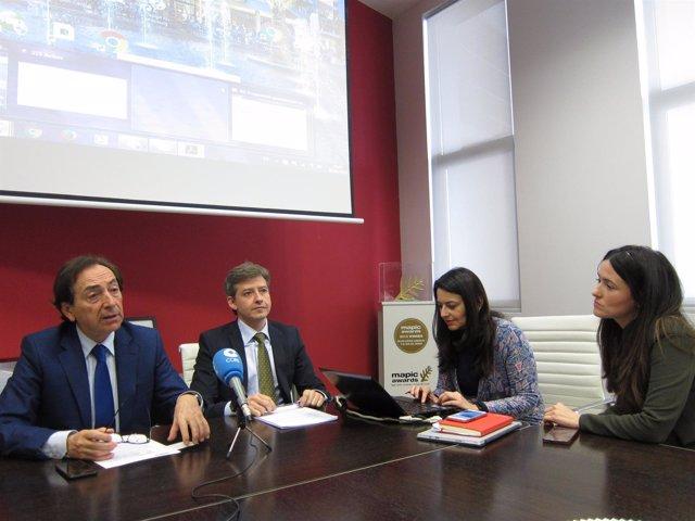 Arenere, Salvador y Marín en la presentación del estudio sobre Puerto Venecia