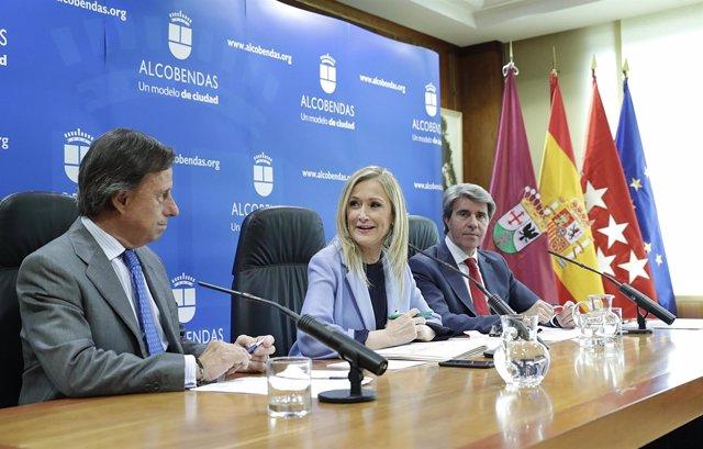 CIFUENTES PRESIDE LA REUNIÓN DEL CONSEJO DE GOBIERNO EN Alcobendasla Presidenta