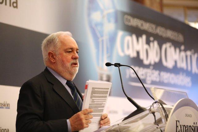 El comisario de Energía, Miguel Arias Cañete, inaugura unas jornadas de Energía