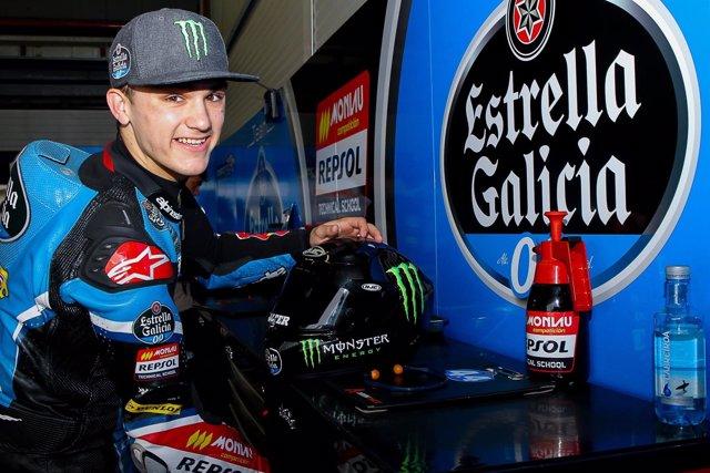 Arón Canet, piloto español de Moto3