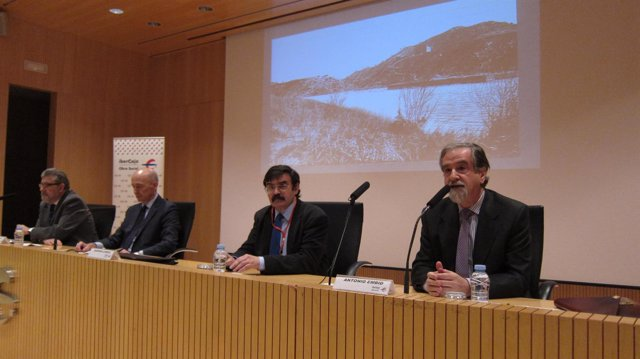 Inauguración en Zaragoza de las XXI Jornadas de Derecho de las Aguas