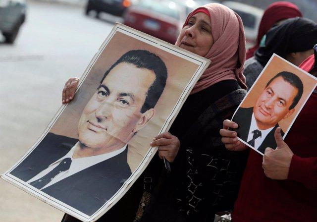 Defensores de Hosni Mubarak