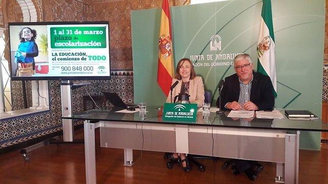 La delegada de Educación de la Junta en Almería
