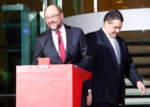 Martin Schulz y Sigmar Gabriel