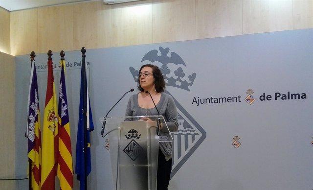 Regidora de Comercio, Turismo y Trabajo, Joana Maria Adrover