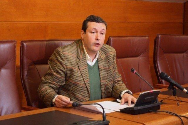 Iñigo Fernández en rueda de prensa