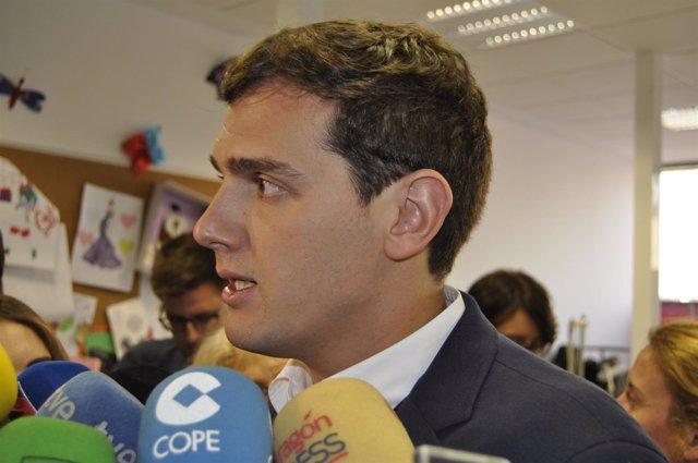 Albert Rivera (Cs) ha visitado el Centro de Referencia de la Fundación DFA.