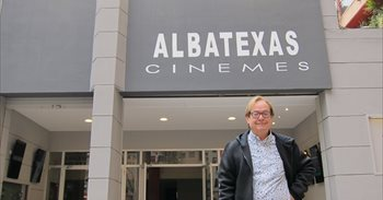Els cinemes Albatros reobrin com a 'AlbaTexas' amb pel·lícules en versió...