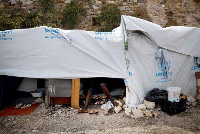 Tienda para inmigrantes en la isla de Quíos