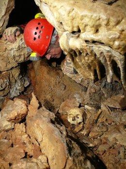 Descubrimiento del enterramiento