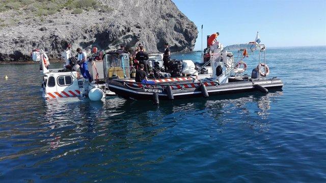Instalan 30 boyas en el entorno de la Isla Grosa y El Farallón