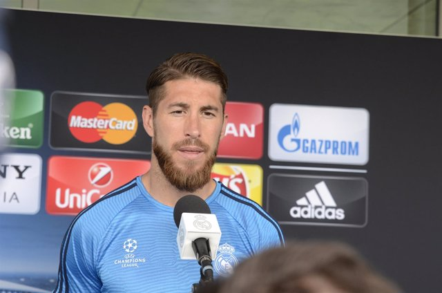 Sergio Ramos en la zona mixta del Open Media Day del Real Madrid