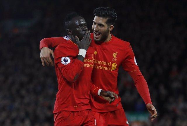 El Liverpool se mete en puestos de Champions tras superar al Arsenal